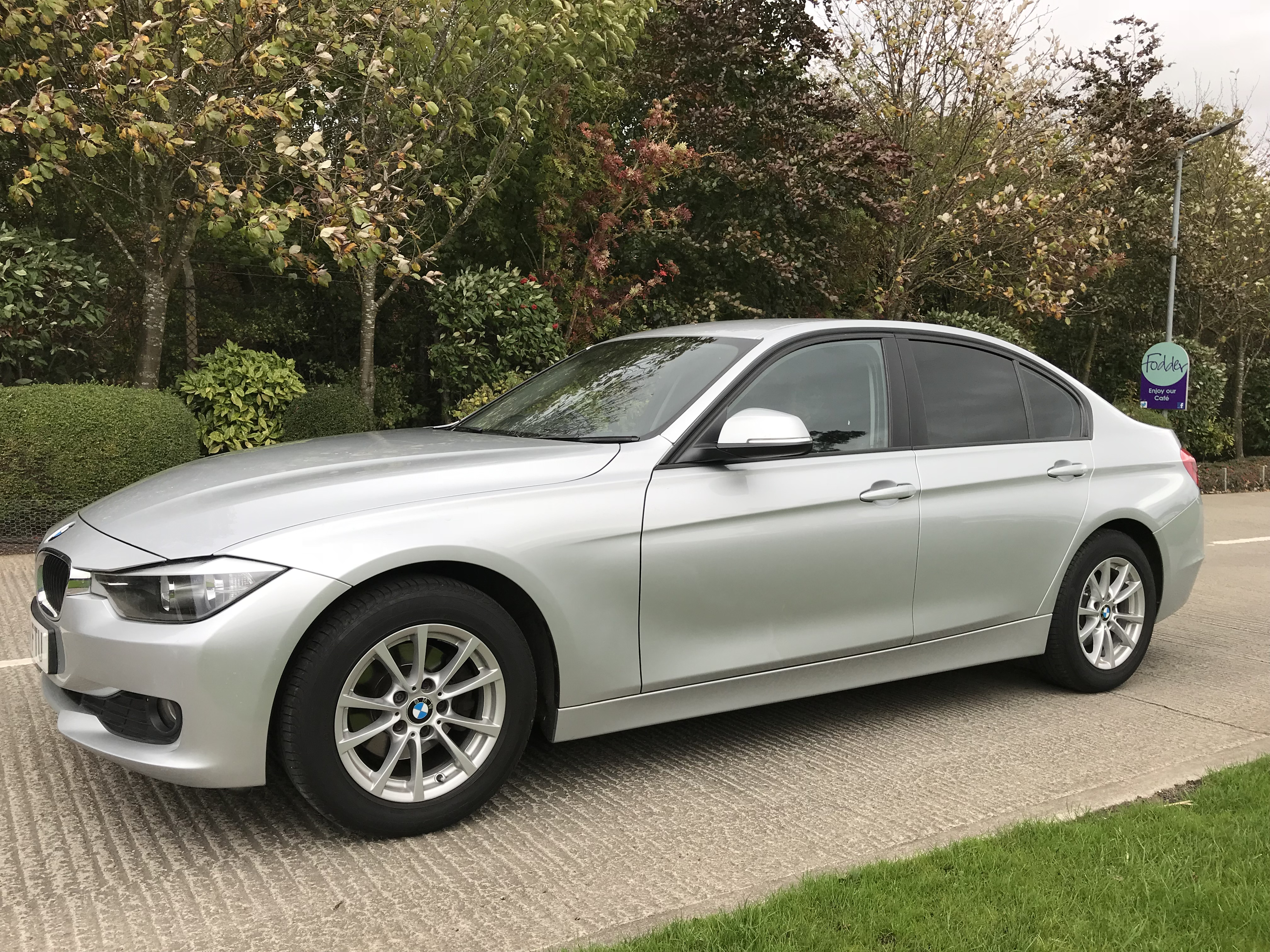 BMW 320D EFFICIENT DYNAMICS BUSINESS 2015/64 sold by S & C Car Sales Harrogate