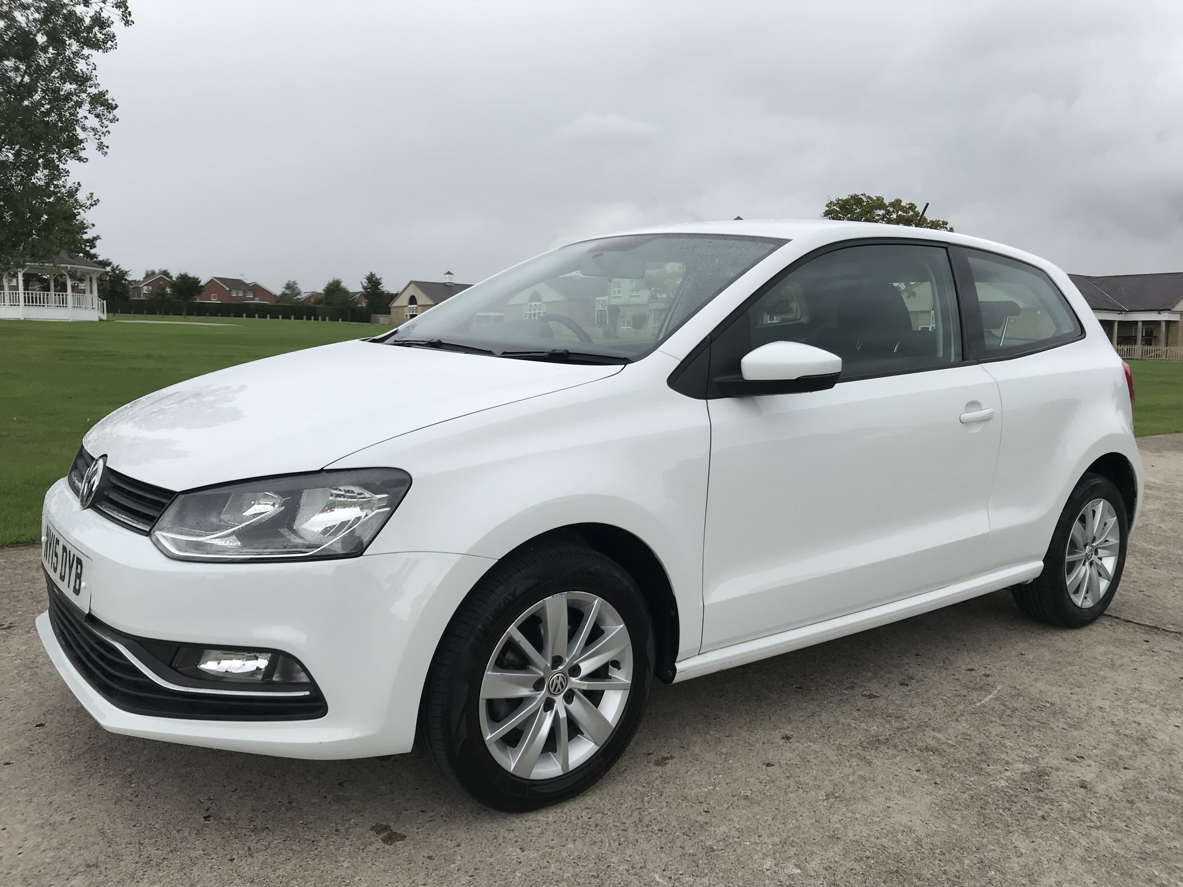 VOLKSWAGEN POLO 1-0 TSI BLUEMOTION TECH SE (SS) 3DR sold by S & C Car Sales Harrogate